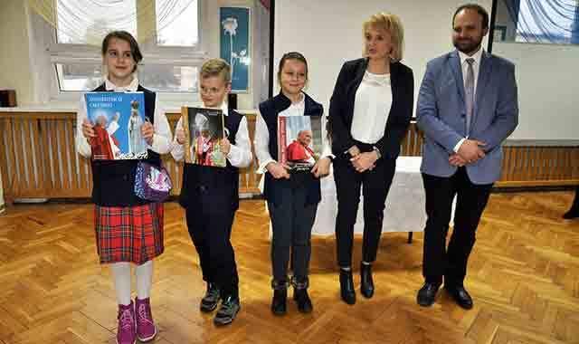 Konkurs O Janie Pawle Ii Ostrow Wlkp Opiekun Dwutygodnik